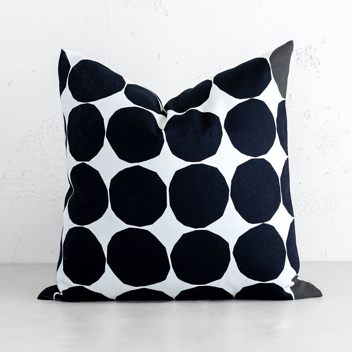 MARIMEKKO  |  PIENET KIVET CUSHION  |  BLACK + WHITE SCATTER CUSHION