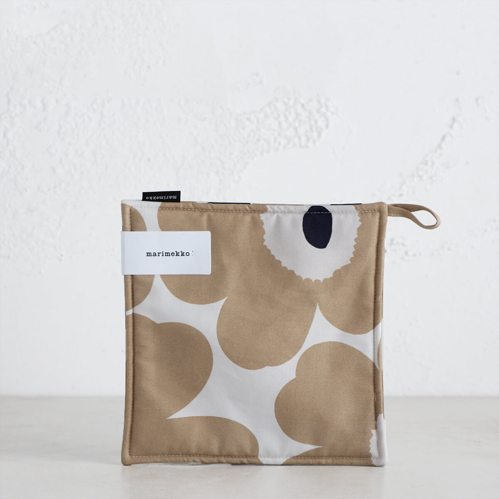 MARIMEKKO  |  PIENI UNIKKO POT HOLDER  |  BEIGE + WHITE + NAVY  |  OVEN MITT