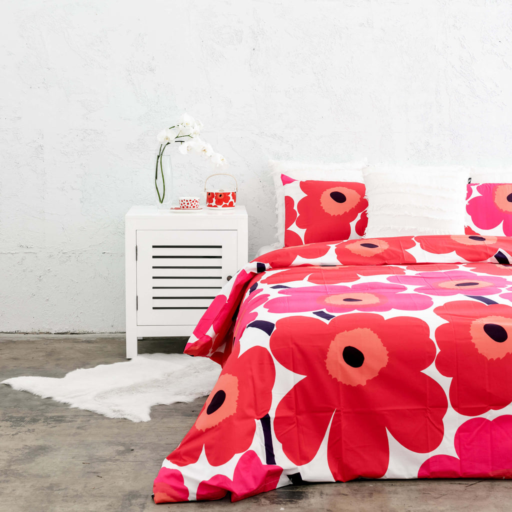 MARIMEKKO BED BUNDLE  |  UNIKKO DUVET QUILT COVER + 2 PILLOWCASES  |  RED + PINK