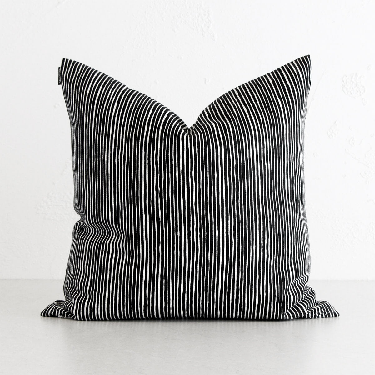 MARIMEKKO | VARVUNRAITA CUSHION | BLACK + WHITE