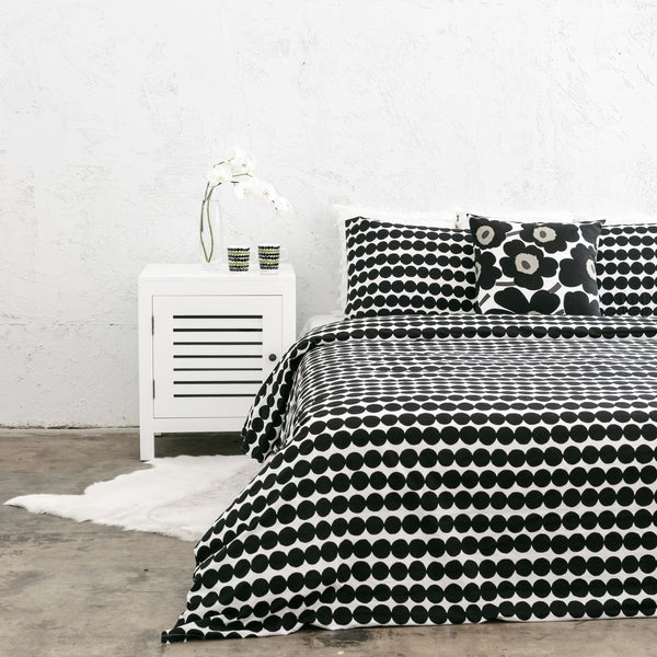 MARIMEKKO  |  RASYMATTO DUVET QUILT COVER  |  BLACK + WHITE  |  KING