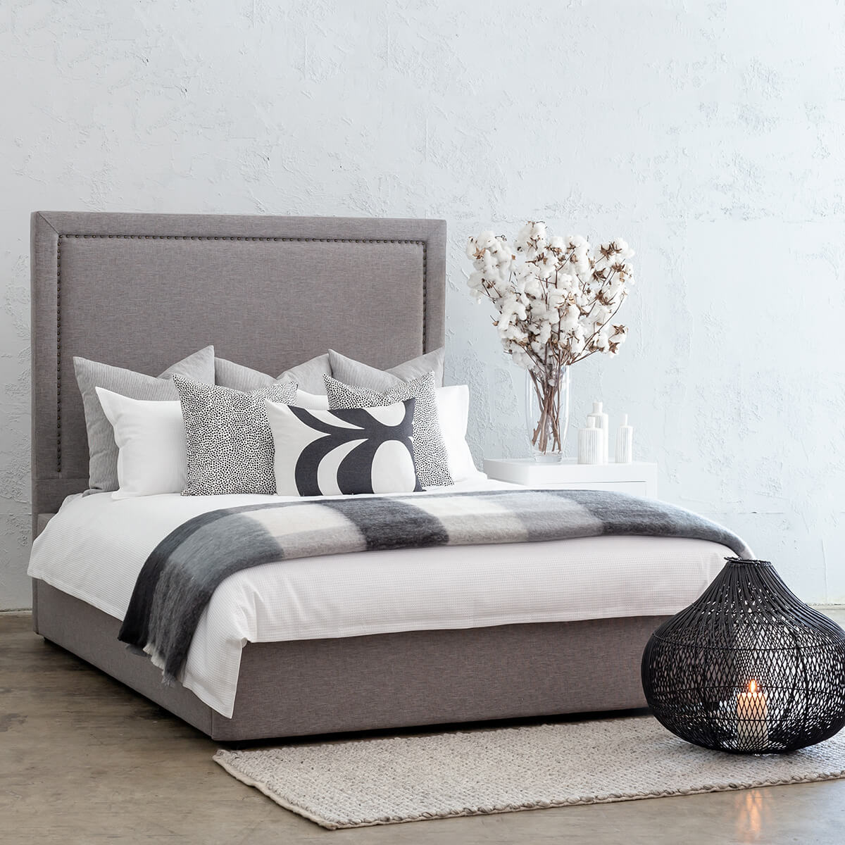 MARLE BED WITH STUDDED SQUARE FRAME   |  GREY LINEN  |  KING SIZE BED