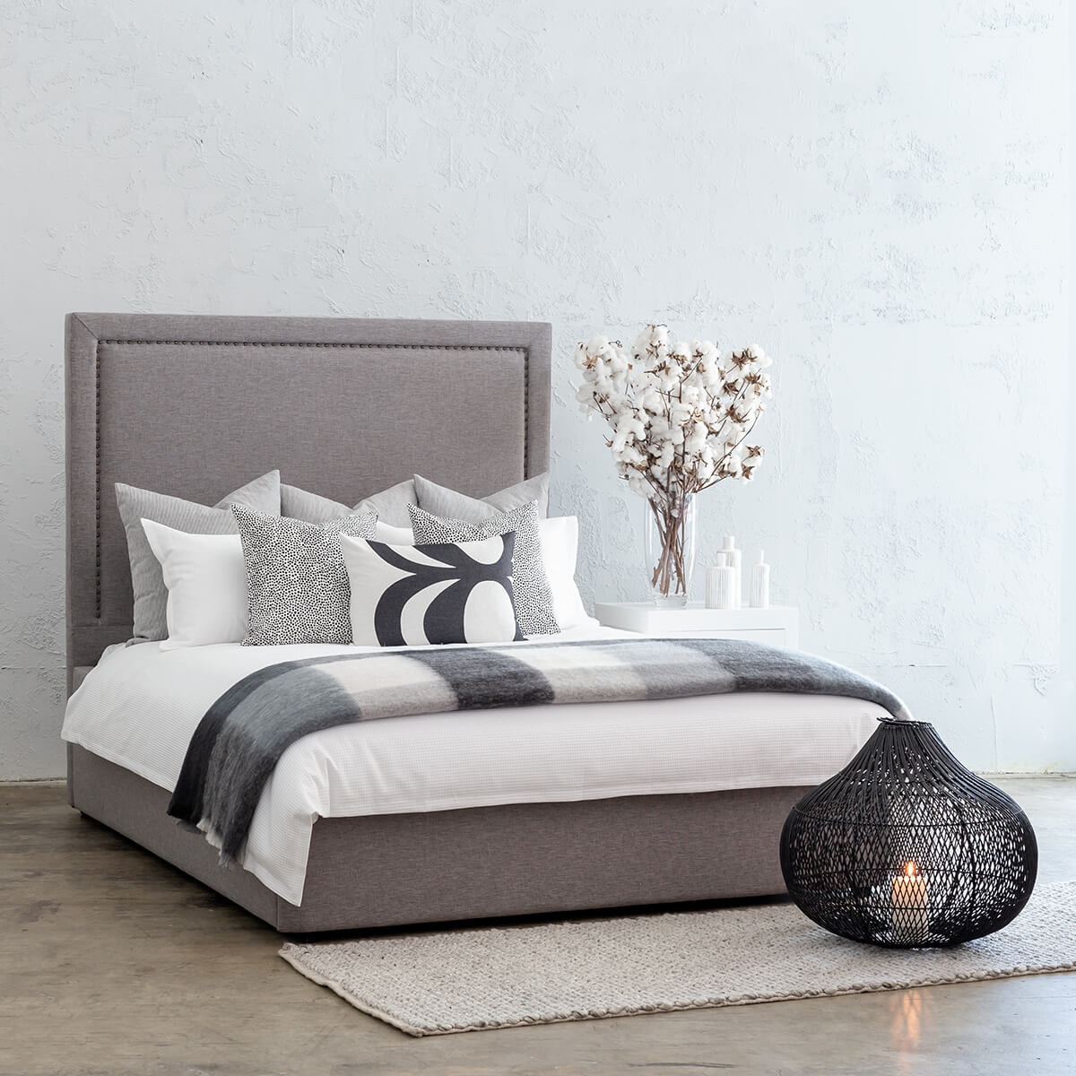 MARLE BED WITH STUDDED SQUARE FRAME   |  GREY LINEN  |  QUEEN SIZE BED