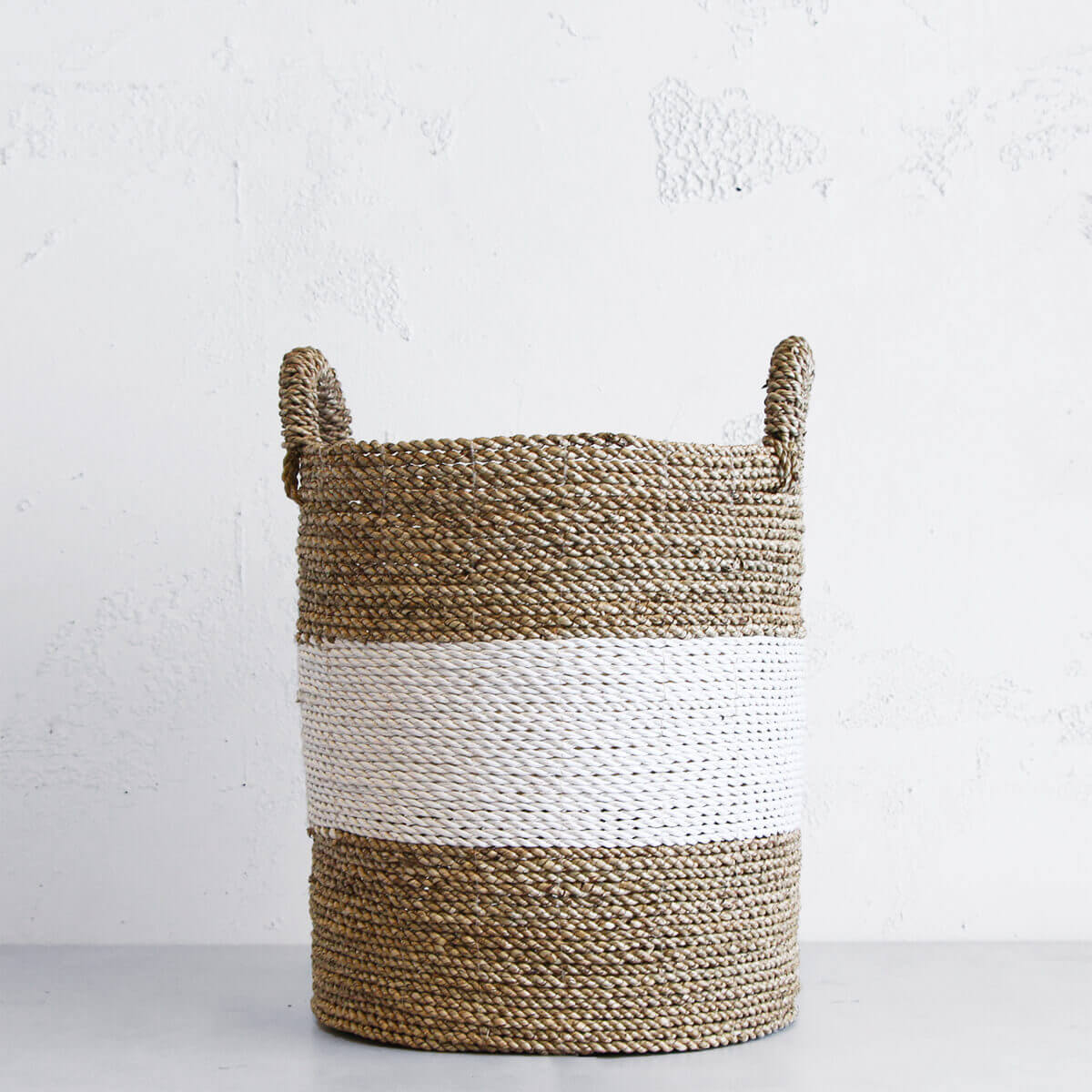 SEAGRASS STORAGE BASKET  |  WHITE STRIPE  |  MEDIUM