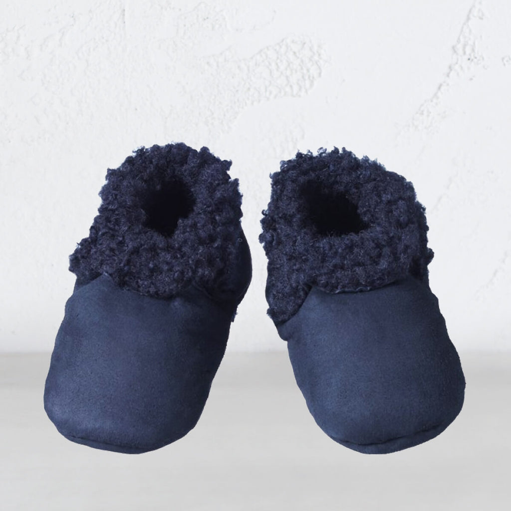 NATURE BABY  |  NATURAL LAMBSKIN BOOTIES  |  NAVY LAMBS WOOL SLIPPERS