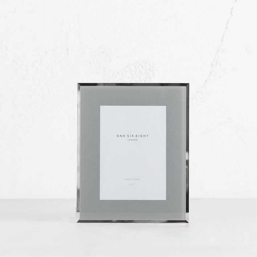 ONE SIX EIGHT LONDON  |  GLASS PHOTO FRAME  | GREY | 5 x 7 IN