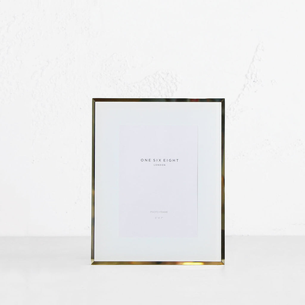 ONE SIX EIGHT LONDON  |  GLASS PHOTO FRAME  | WHITE | 5 x 7 IN.