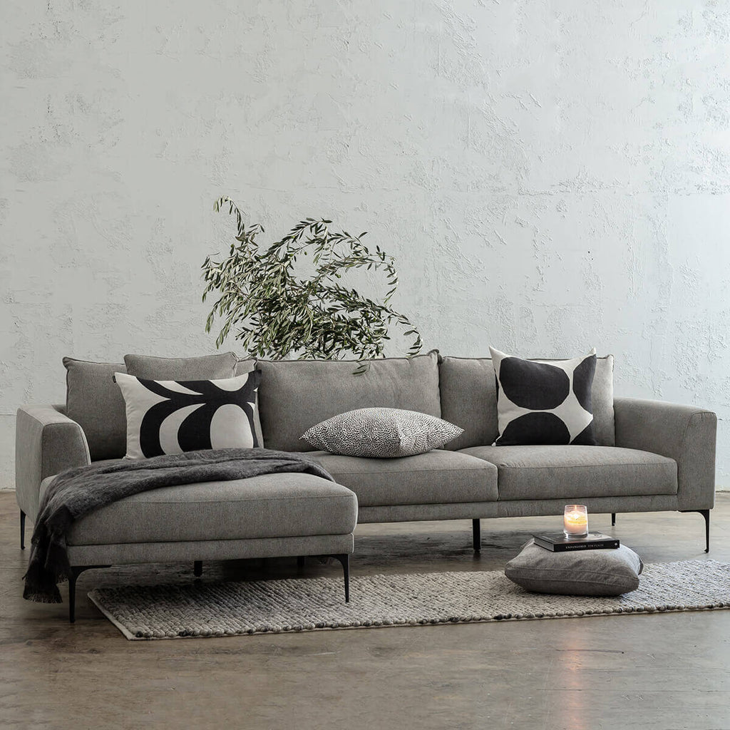 PILOTTI MODULAR CHAISE LOUNGE SOFA | GREYTHORN SHADOW