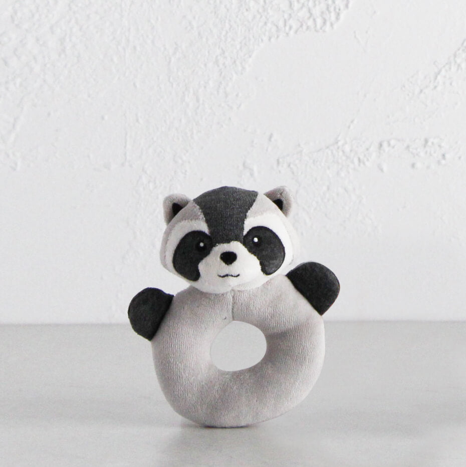 RACCOON RATTLE RING