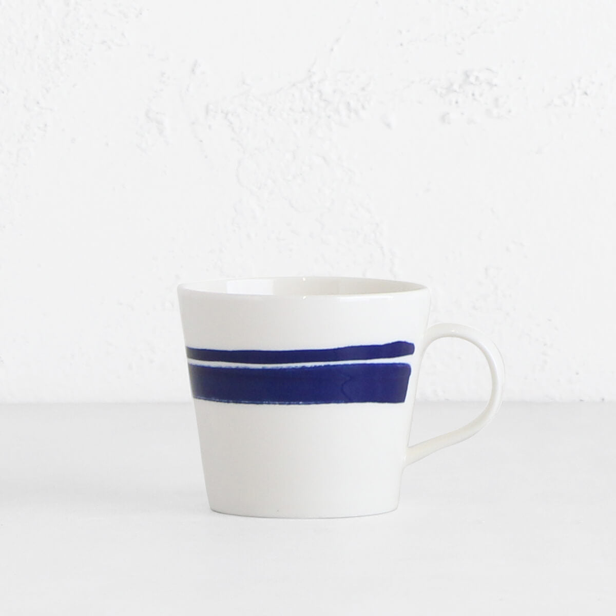 ROYAL DOULTON  | MUG  |  BLUE BRUSH ON WHITE