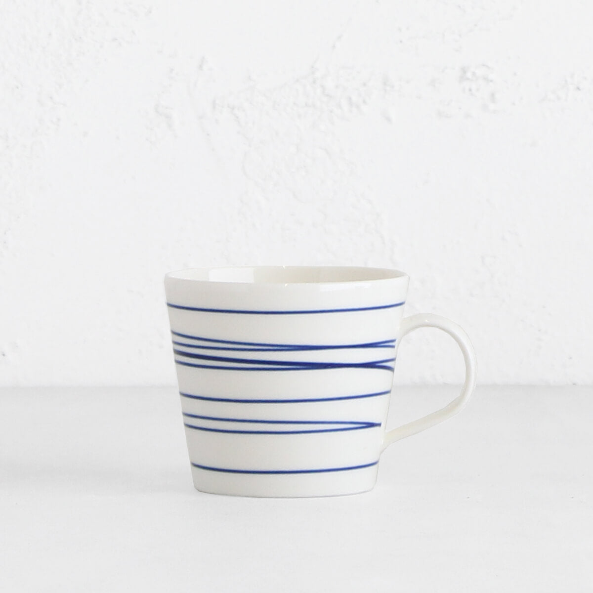 ROYAL DOULTON  | MUG  |  BLUE STRIPE ON WHITE