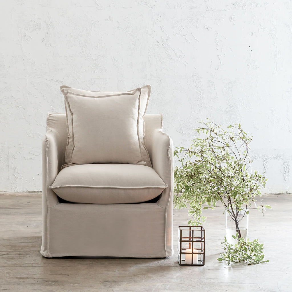 RIVAGE SLIP COVER ARMCHAIR  |  WHITECAP MIST