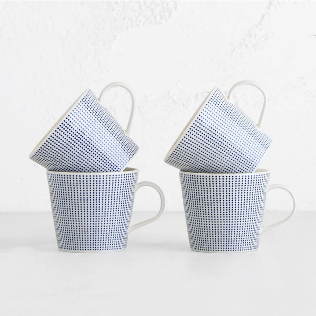 ROYAL DOULTON  |  BLUE DOTS MUG  |  BLUE + WHITE SET OF 4