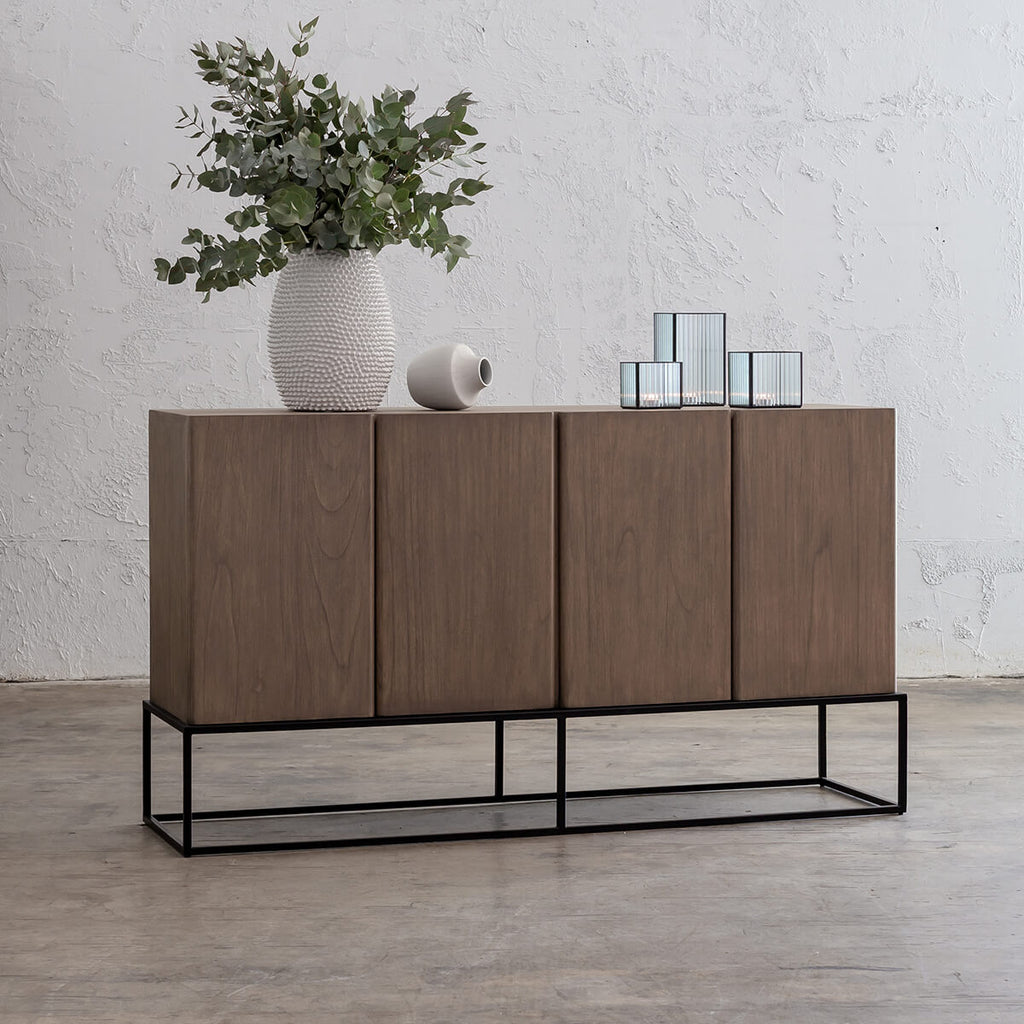 SAUVAGE LONDA SIDEBOARD  |  IVORY WASH TIMBER  |  CONSOLE UNIT