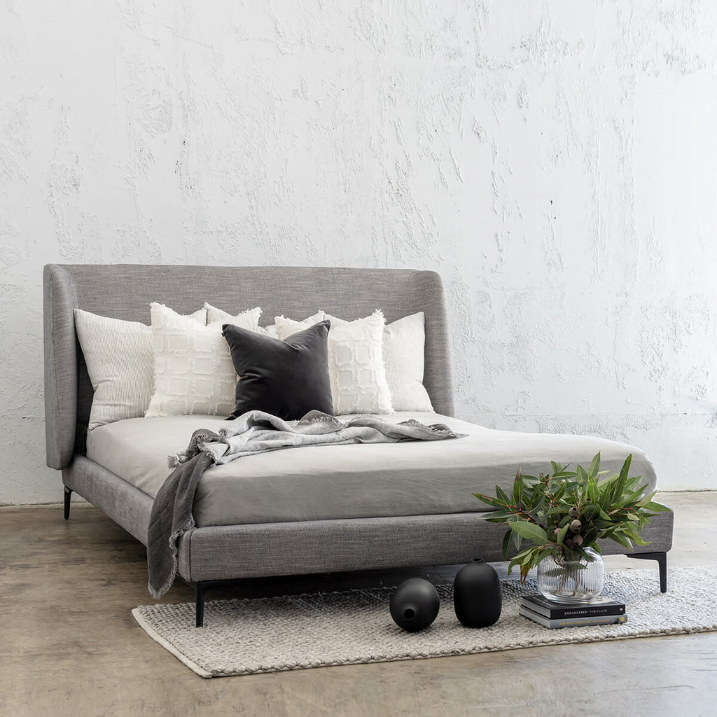 VENETO WINGED BED FRAME HERRING LUXE TWILL  |  OOLONG SMOKE GREY  |  KING SIZE