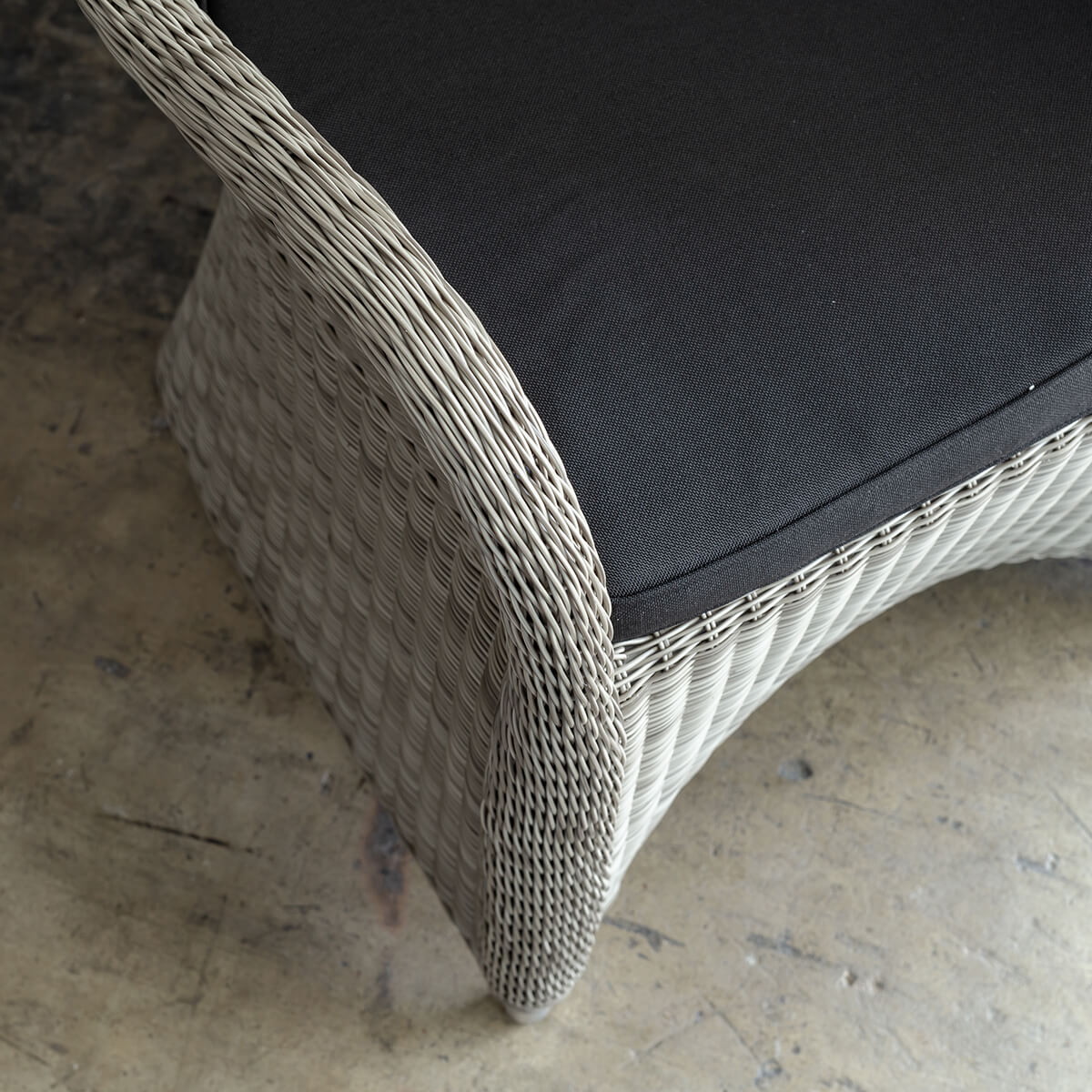 LECCO HAMPTON INSPIRED RATTAN WOVEN VERONA CHAIR  |  COOL GREY WICKER