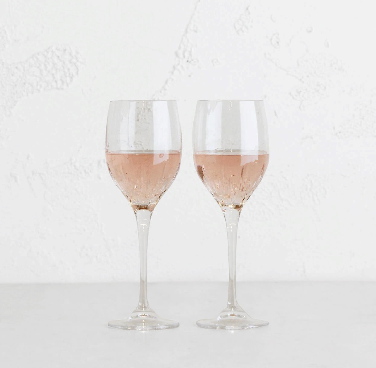 WEDGEWOOD  |  VERA WANG DUCHESS  WINE GLASS  |  SET OF 2