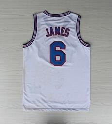 Lebron James is Insane!! Even in HighSchool!!!