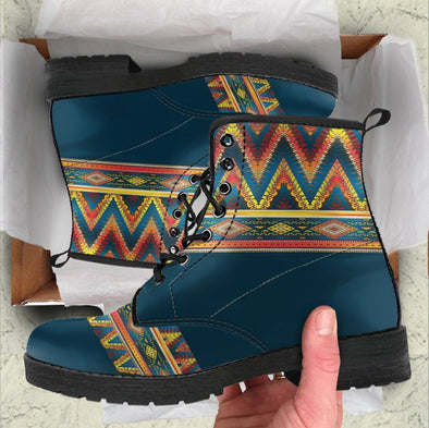HandCrafted Bohomeian Pattern Boots
