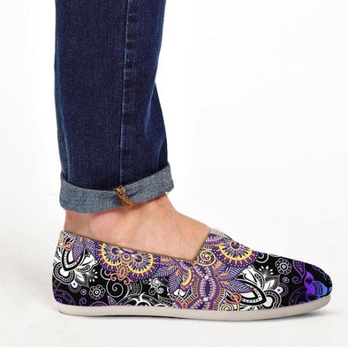 Casual Purple Paisley Mandala