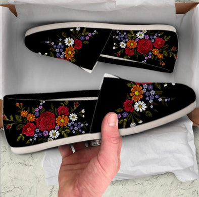 Colorful Embroidery Flower Casual Shoes