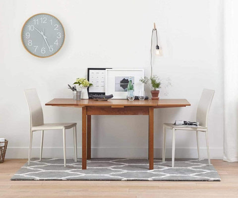 Functional traditional nordic style dining room table design