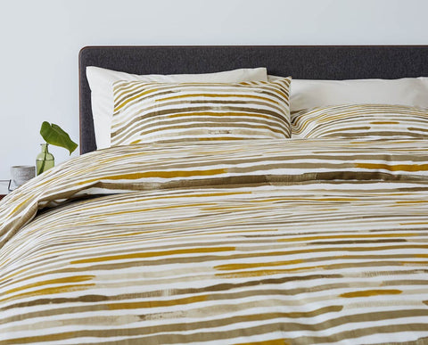 Modern minimalist natural paint textured print bedding