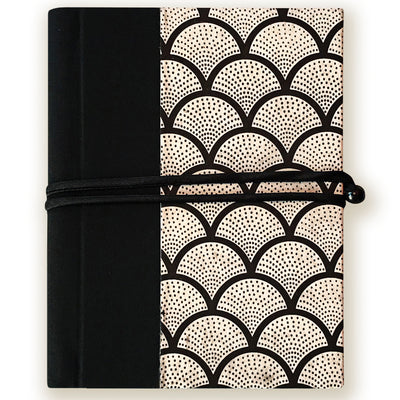 Art Wrap Spiral Unlined A5 (150mm x 210mm) - black and white, Journal, Kami - Kami