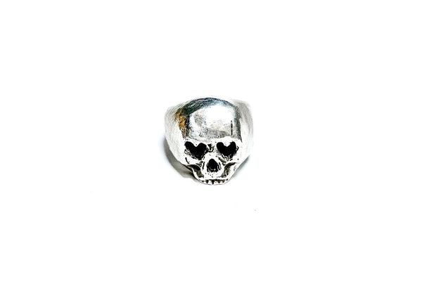 Heart Eyes Skull Ring