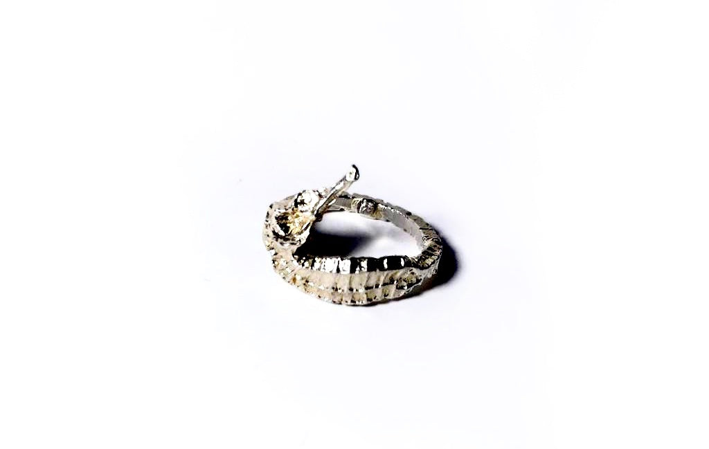 Sandy Seahorse Ring