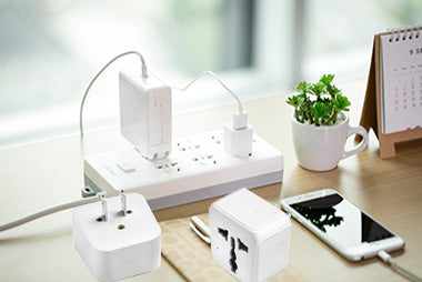 5 Best International Travel Power Adapters on Amazon with Good Reviews