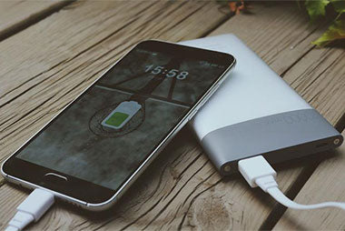 Best External Battery Power Banks: The Best Sellers on Amazon in 2017