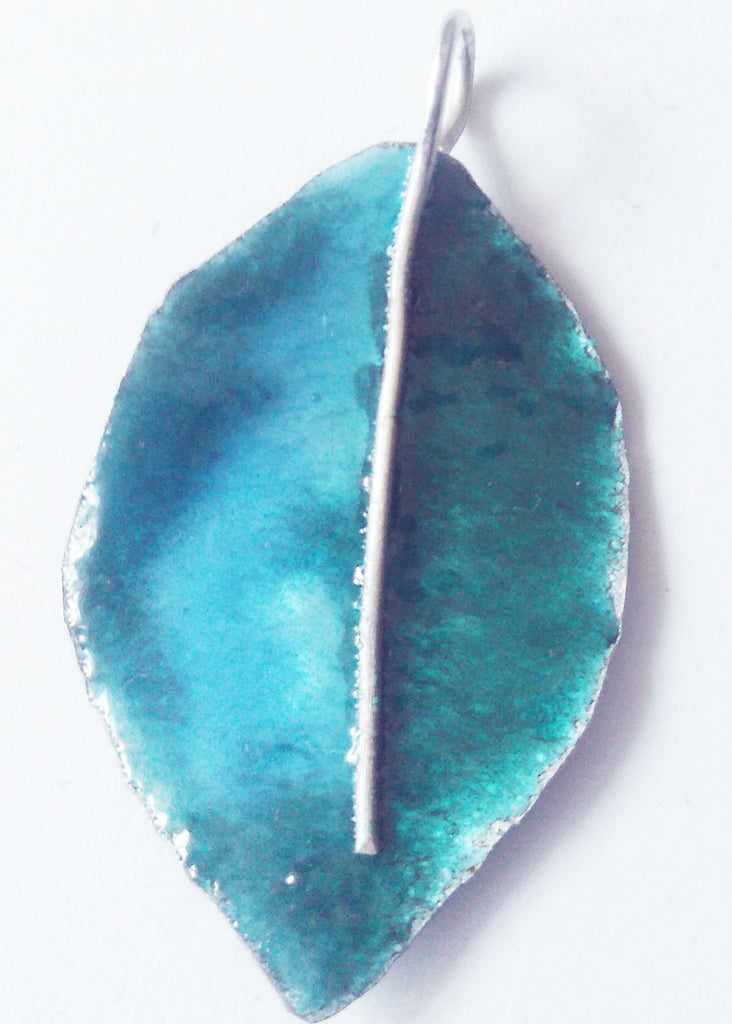 Enameled Turquoise blue leaf - Carline Perulla