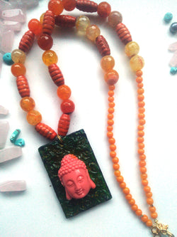 Carved Buddha - Agate necklace