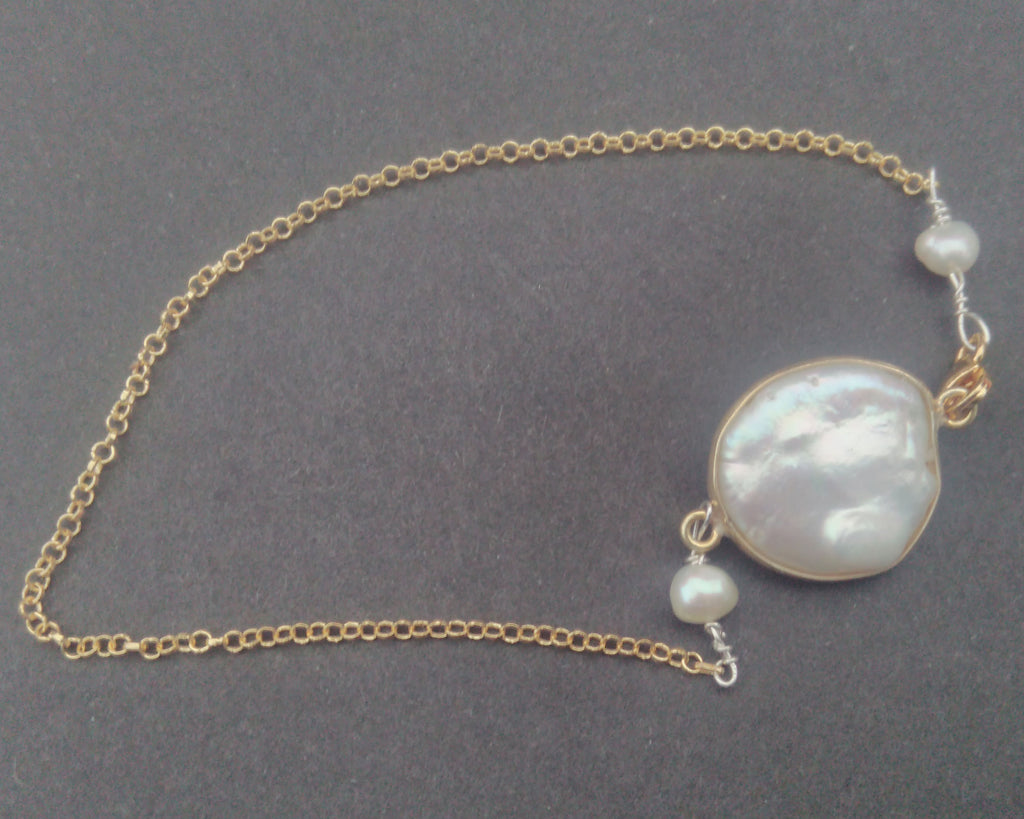 Mother of pearl - delicate bracelet - Carline Perulla