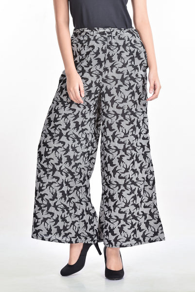 Aaina by Sanchari-Black & White Bird Print Palazzo