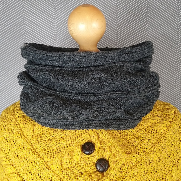 Aran Cable Merino Unisex Snood