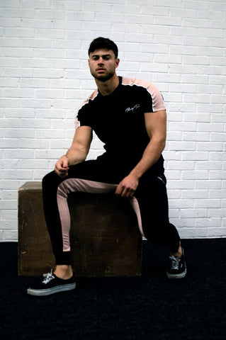 Delta twinset black/pink one SALE £19.99