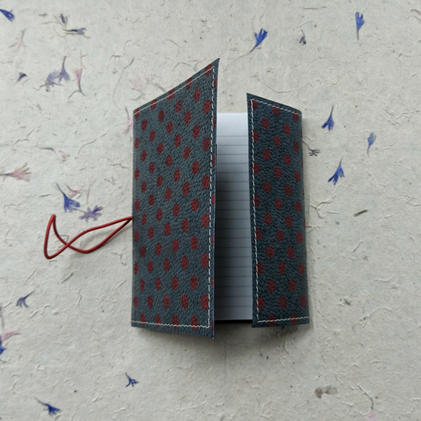 Spotty Notebook Organise your home