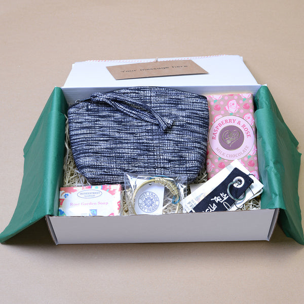 The 'Lily' Fairtrade gift set