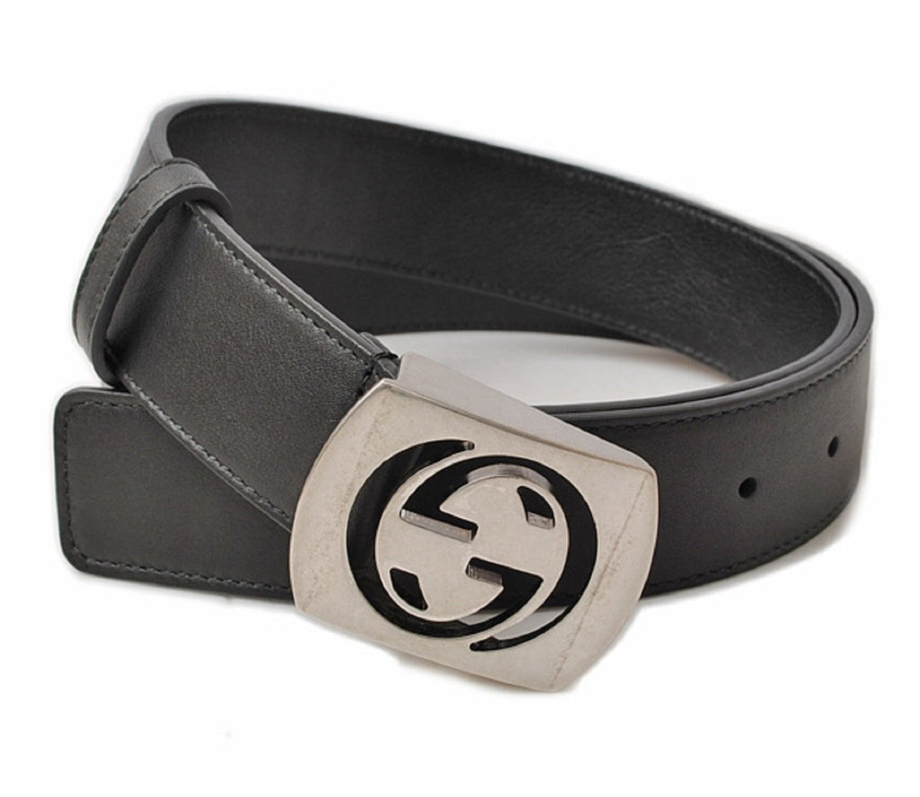 Gucci Classic Men's GG Logo Black Belt Silver Hardware Size: 105/42  387031 at_Queen_Bee_of_Beverly_Hills