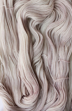 LUNAR BLUSH | Virtuoso Sock/ Fingering