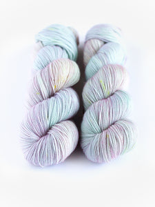 PREORDER - ANGEL AURA | Virtuoso Sock/ Fingering