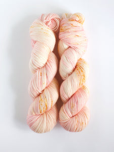 CONCH SHELL | Virtuoso Sock/ Fingering