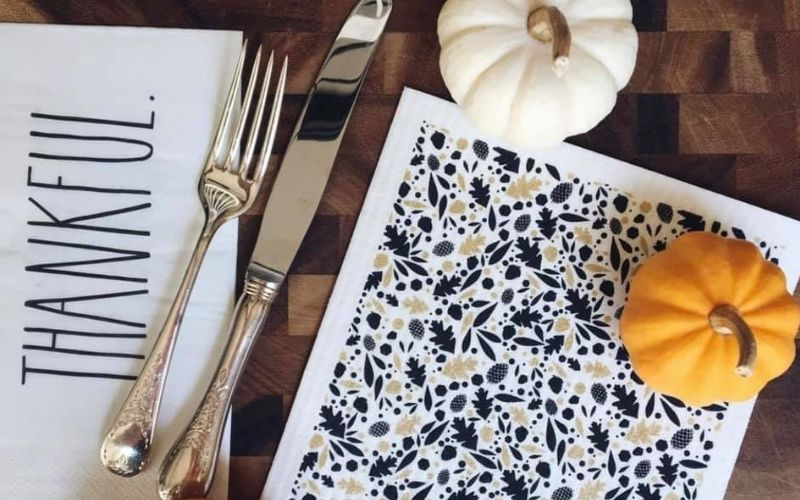Modern Thanksgiving Decor to Inspire your Family Celebrations