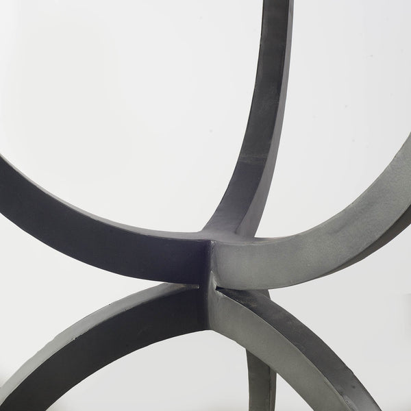 Venturo Dining Table