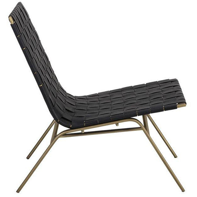 Oma Lounge Chair