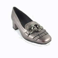 Cherrypic bronze metallic Gucci inspired heeled loafer. Front silver buckle with fringe design underneath. Square shaped toe design. Low block heel.