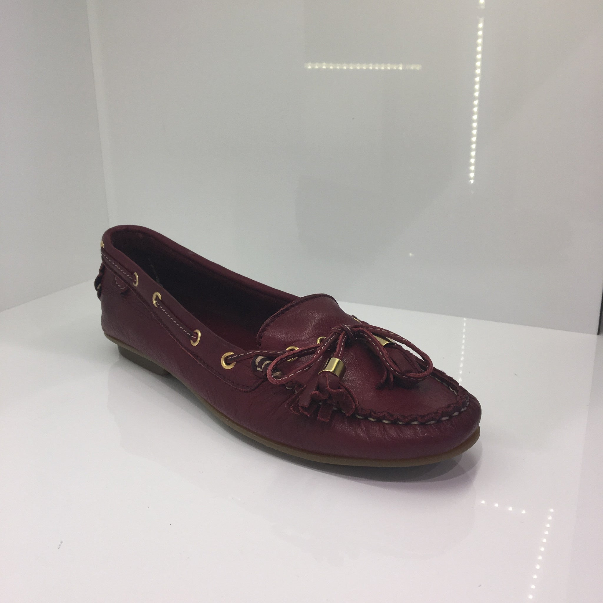 Moda in Pelle Burgundy Flat Shoe