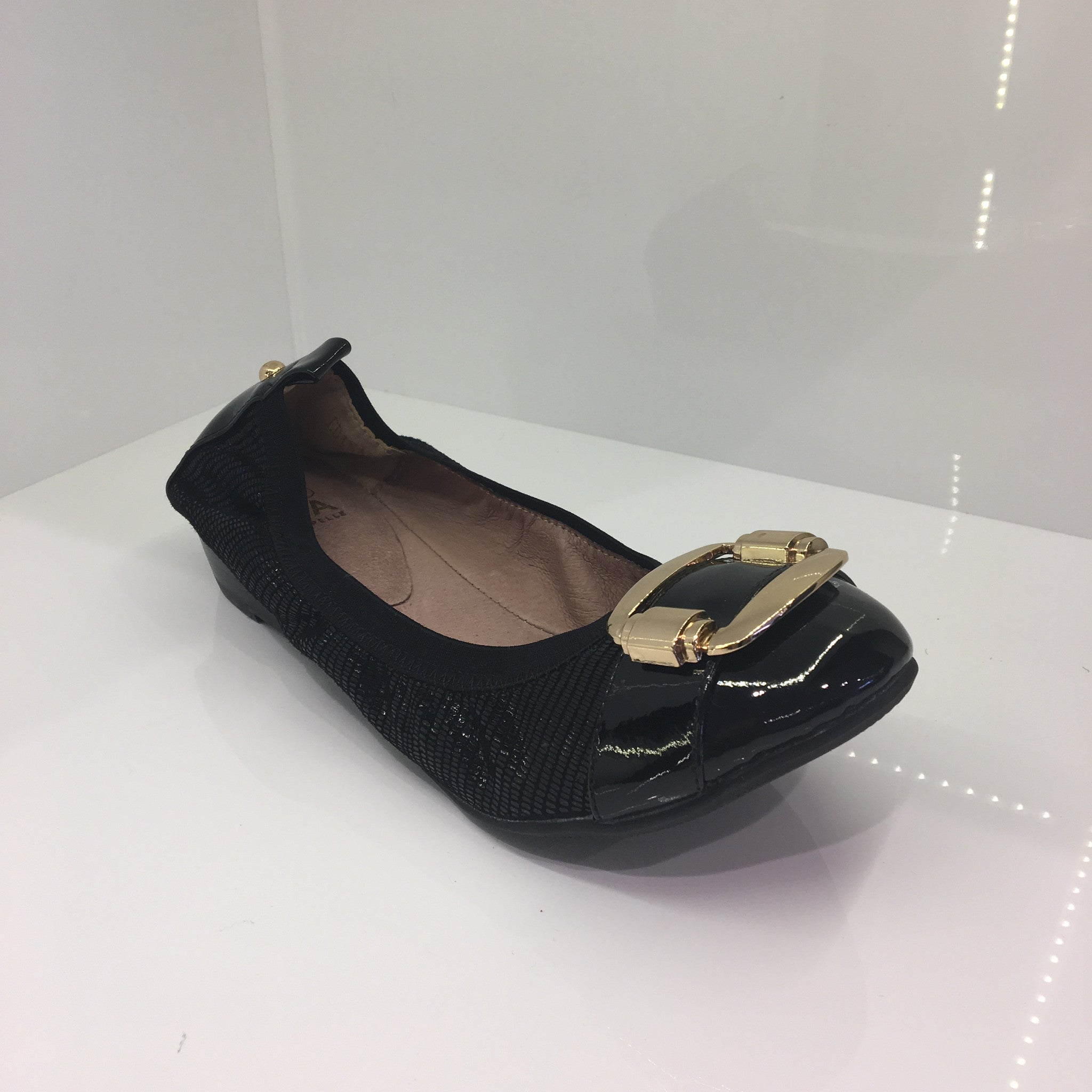 Moda in Pelle Black Shoe